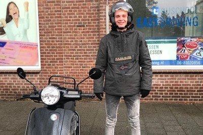 Rijles Scooterrijbewijs in Den Haag